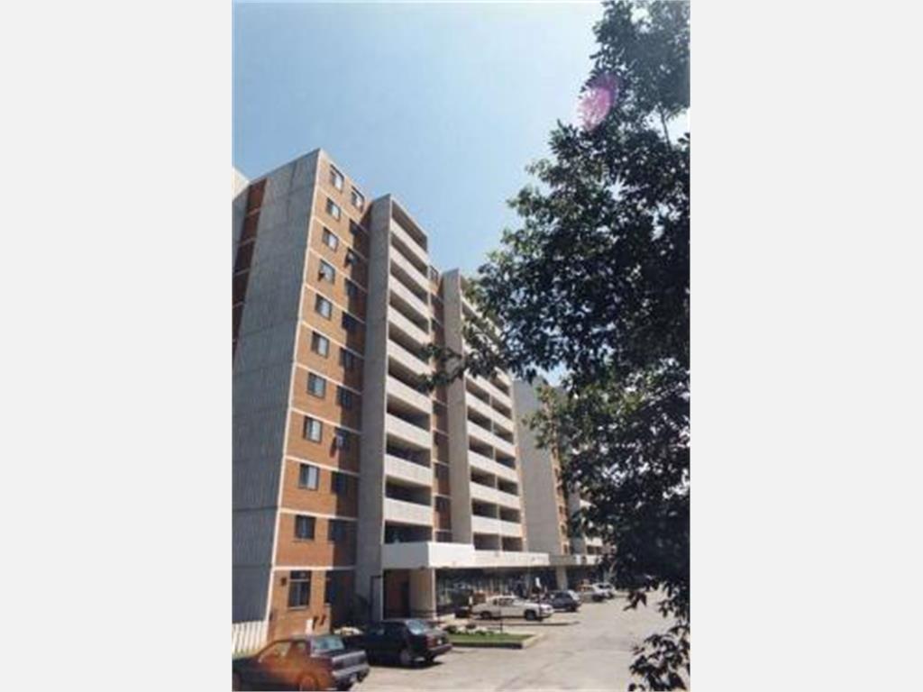 Cool 10 Kensington Road Brampton Apartment For Rent B14312 Download Free Architecture Designs Itiscsunscenecom