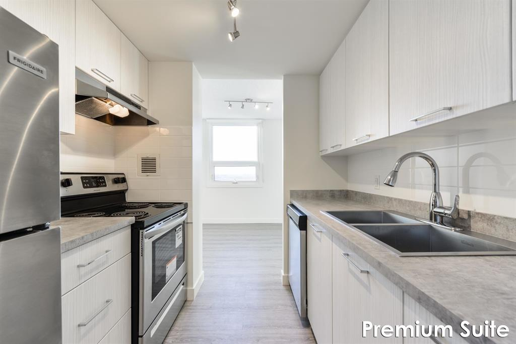 11230 St.Albert Trail