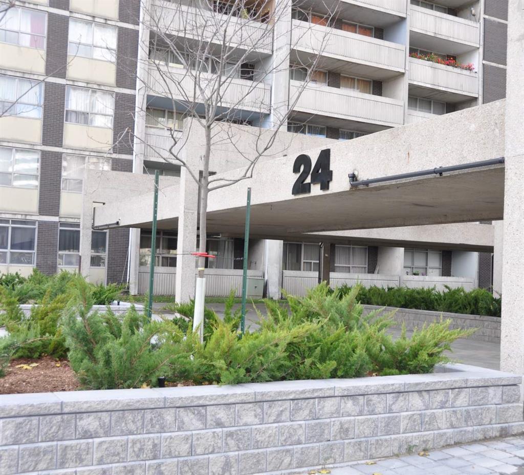 24 Mabelle Avenue, Etobicoke