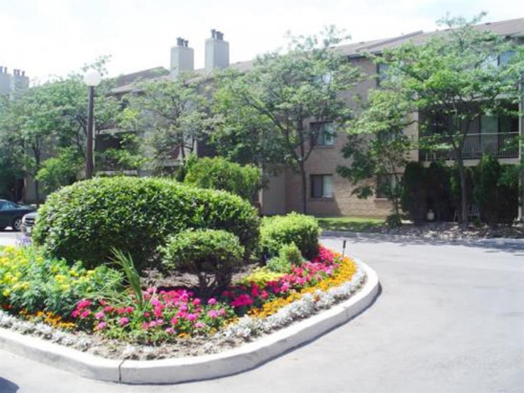2700 aquitaine avenue, mississauga - Apartment for Rent