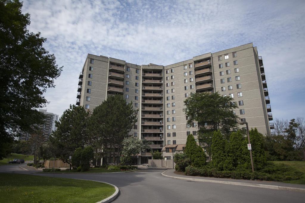 2881 Richmond Road, Ottawa - Apartment for Rent -B10617