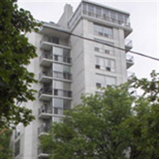 Apartments For Rent Toronto: 133 Erskine Avenue, Toronto