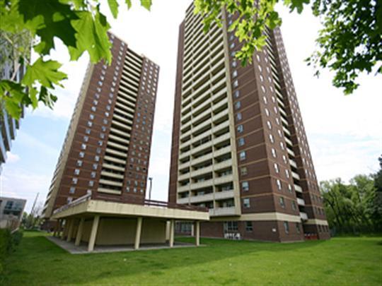 2450/2460 Weston Road, Toronto - Apartment for Rent -B53800