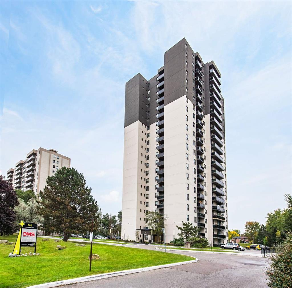 765 Steeles Ave West