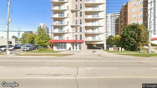 28 University Avenue East, Waterloo - Apartment for Rent -B121400