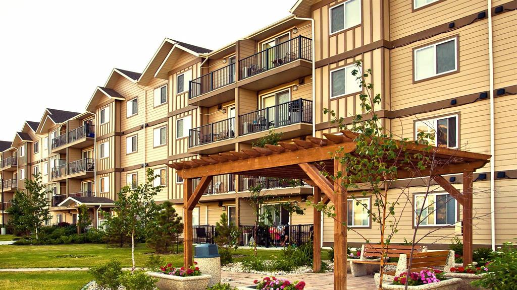 2471 Main Street, Winnipeg - Apartment for Rent